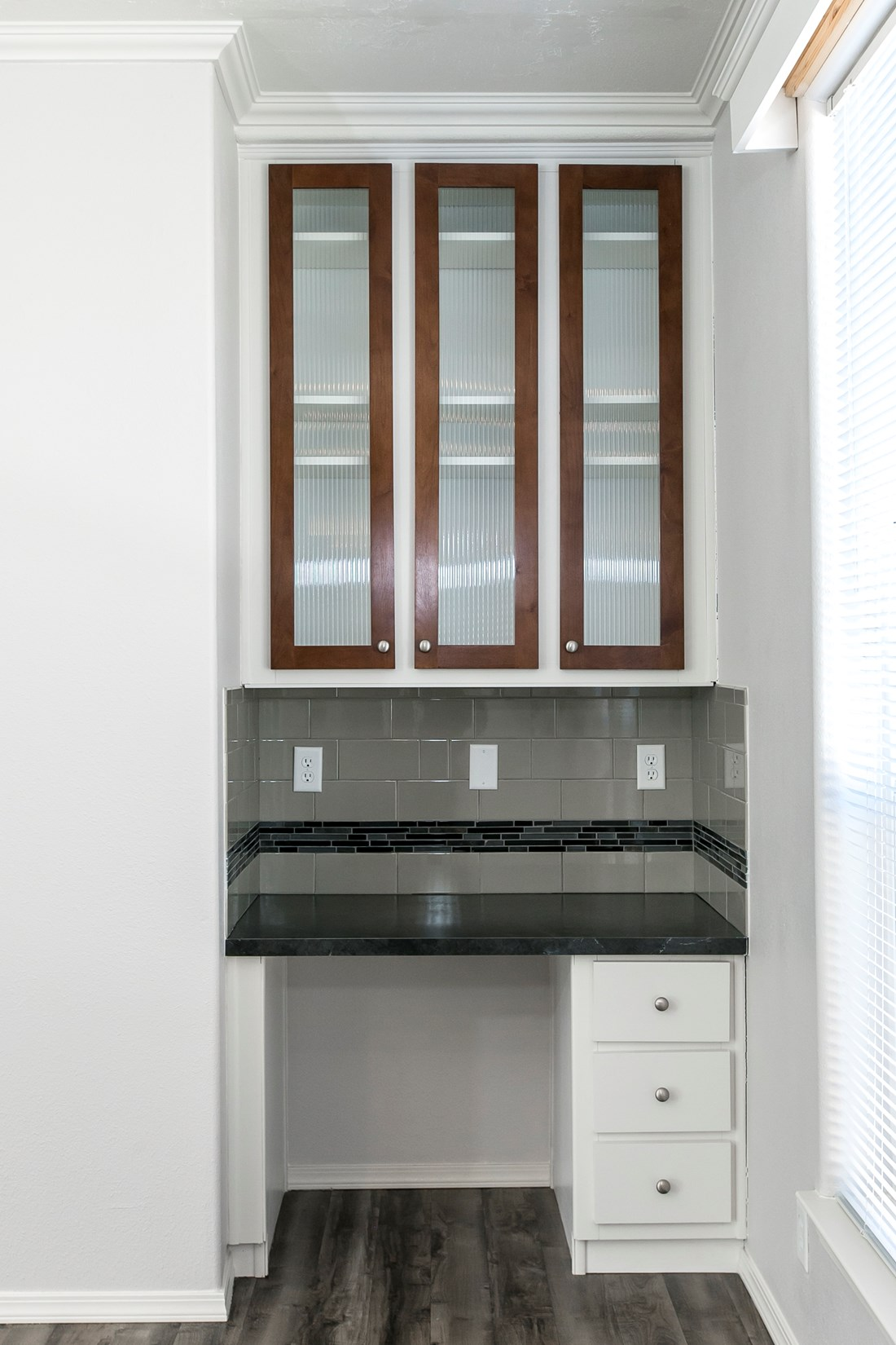 The ING681F EUCALYPTUS   (FULL) GW Study Nook. This Manufactured Mobile Home features 3 bedrooms and 2 baths.